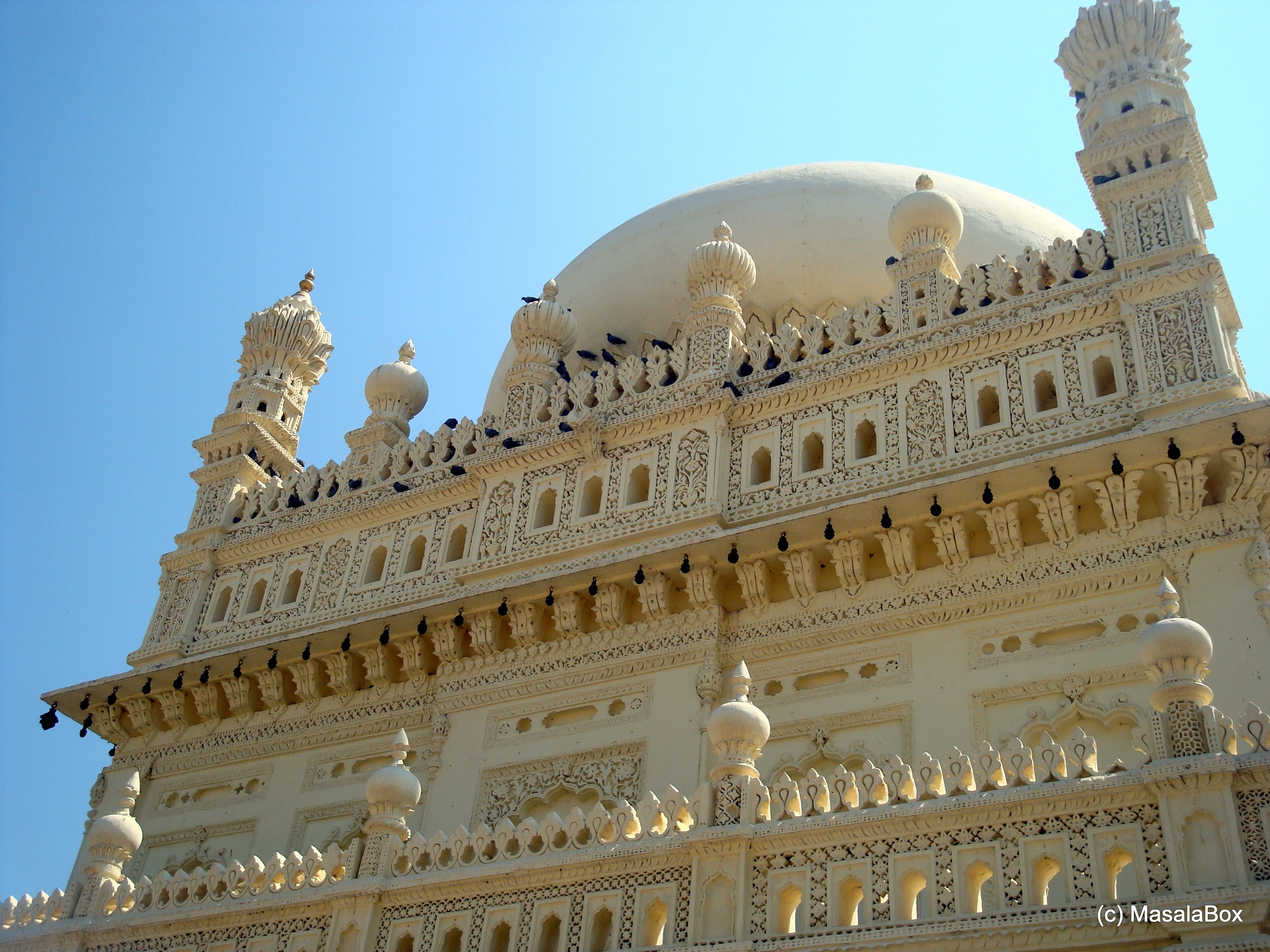 Gol Gumbaz with intricate carvings