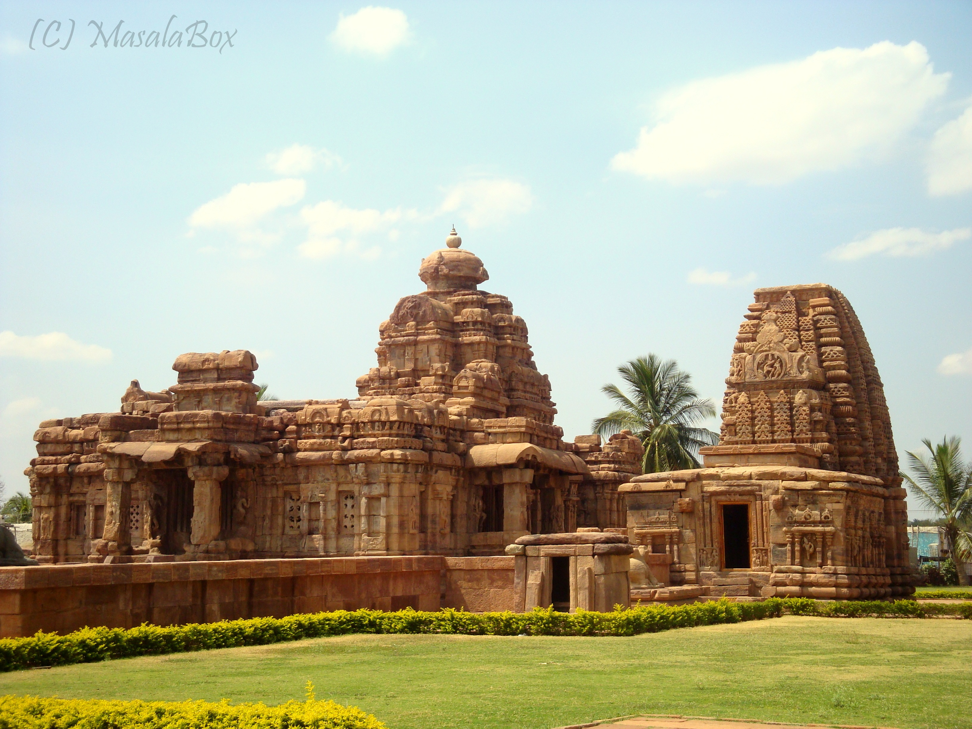Pattadakal - Virupaksha Temple