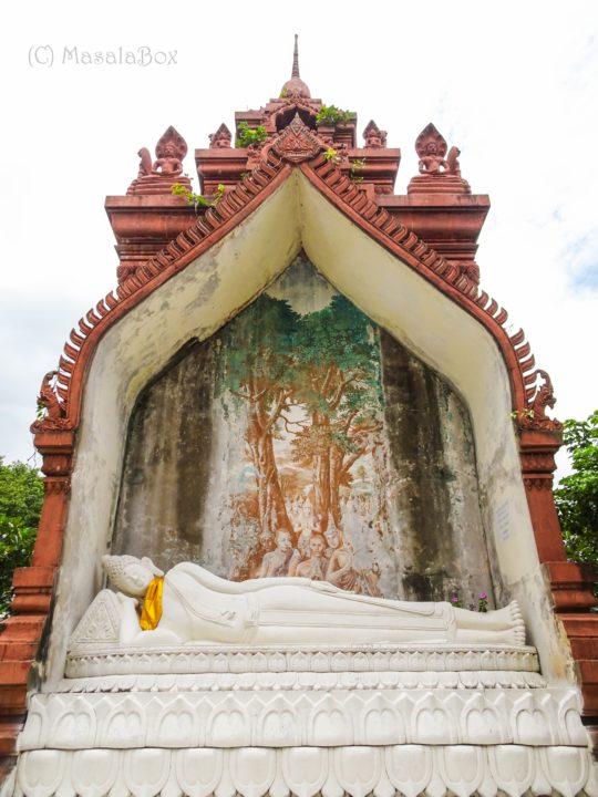 Khao Phra Anghkan buddha