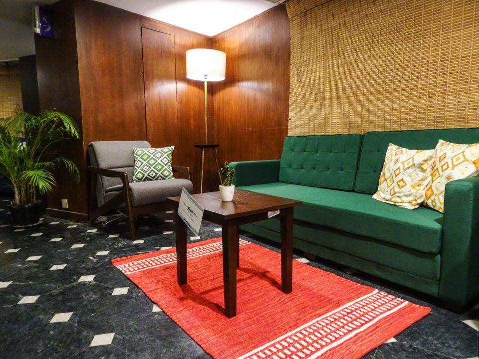 Rentomojo living Room