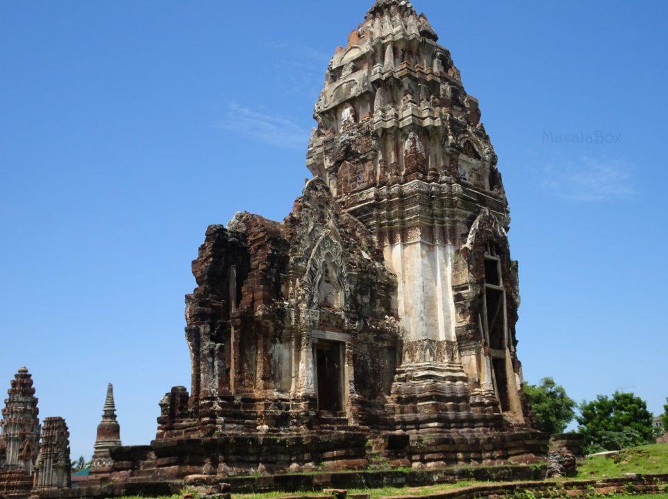 Wat Phrasri Rattana Mahatat Lopburi