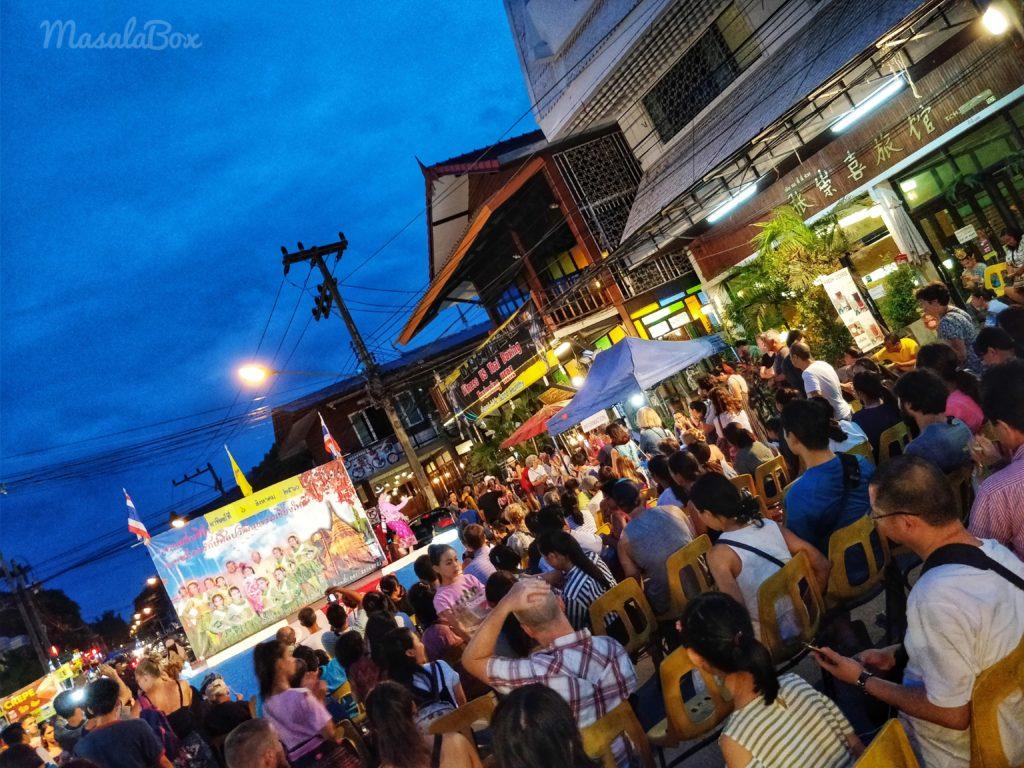 chiang mai Sunday market dance