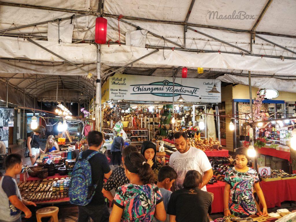 chiang mai shopping night market