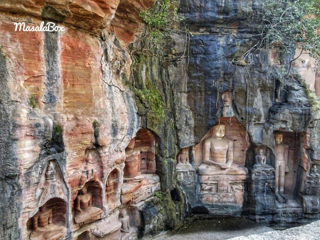 Jain statues at Gopachal Cave