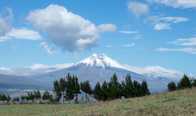 Ecuador_Volcano_South_America