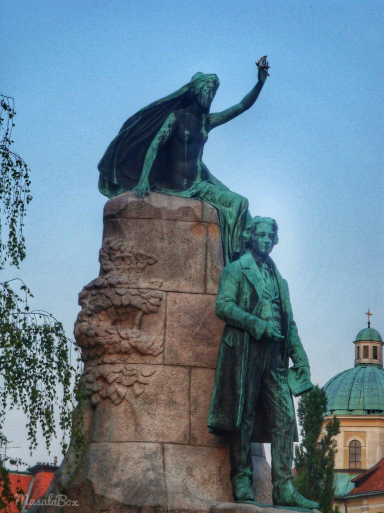 Preseren Square statue