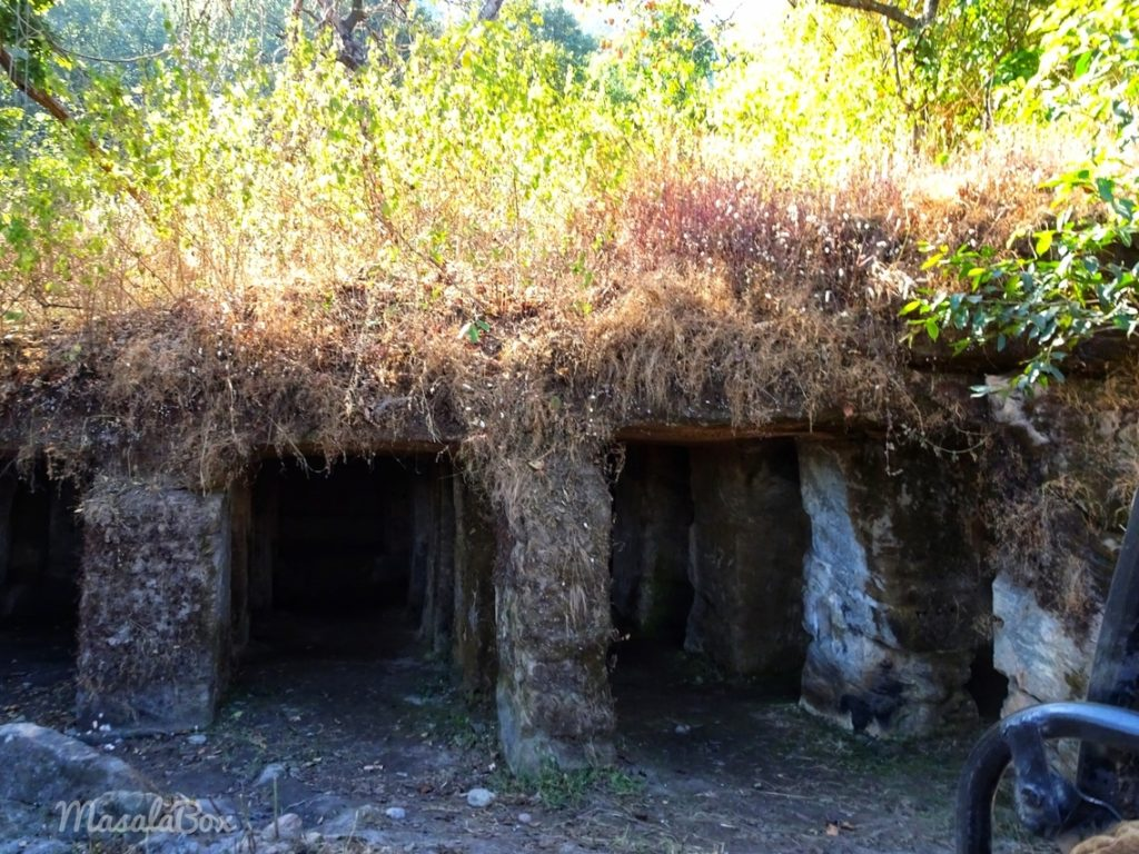 bandhavgarh cave