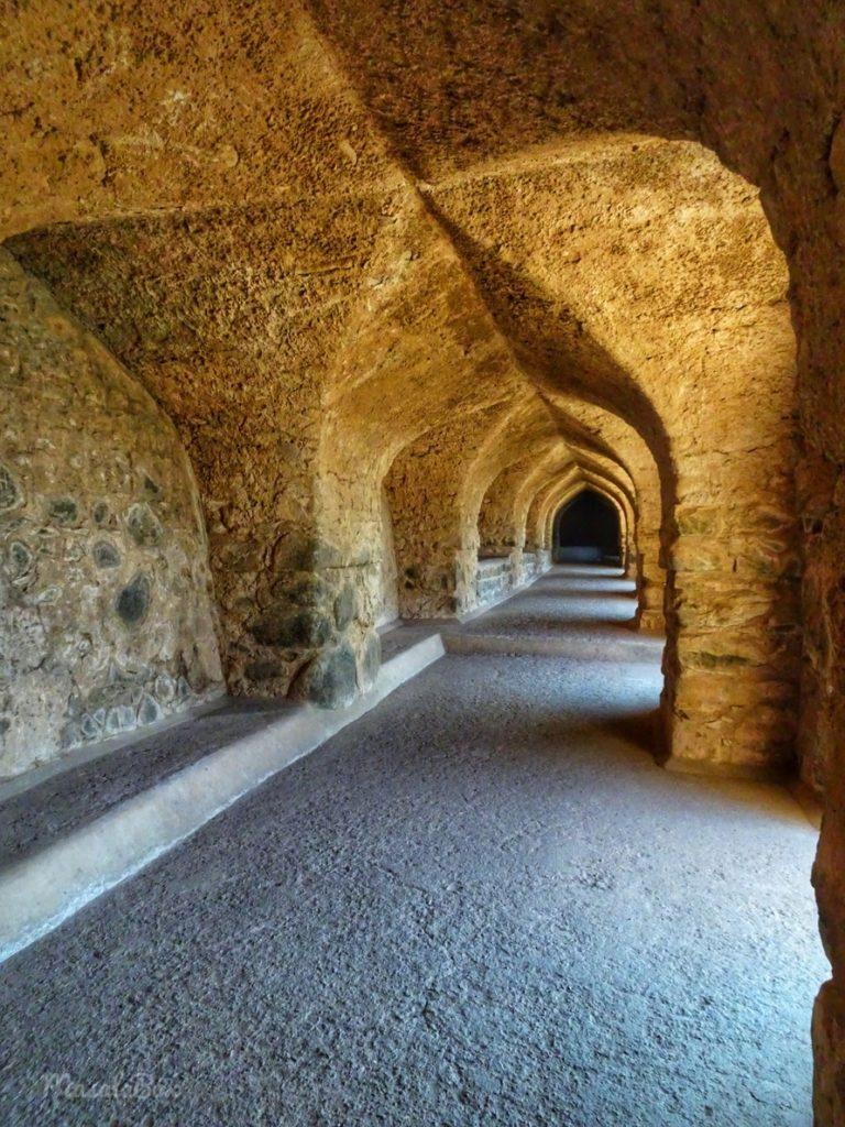 roopmati pavilion corridor
